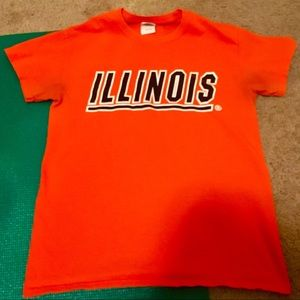 Tops - Set of 4 University of Illinois T-Shirts